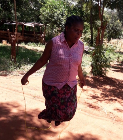 The principal's wife Agnita also joined in skipping rope!